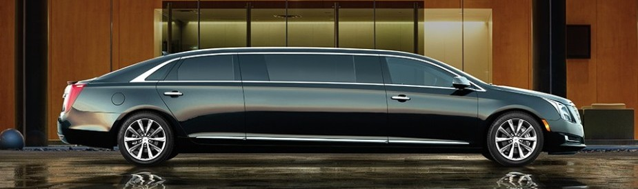 Orlando Premier Limo Service-Cadillac's distinctive styling